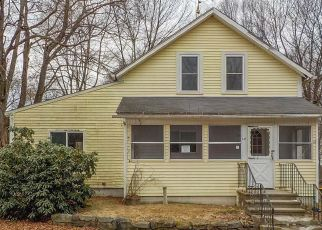 Foreclosed Home in Pascoag 02859 PICHIE LN - Property ID: 4327953646