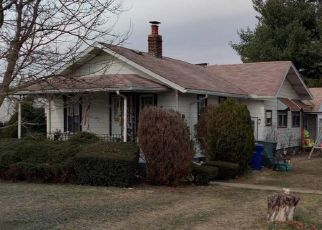 Foreclosed Home in Columbus 43207 COLTON RD - Property ID: 4328046940