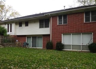 Foreclosed Home in Toledo 43615 VALLEY BROOK DR - Property ID: 4328069259