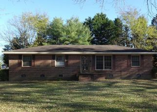 Foreclosed Home in Roanoke Rapids 27870 CHOCKOYOTTE ST - Property ID: 4328103428