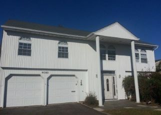 Foreclosed Home in Oceanside 11572 GREENTREE DR - Property ID: 4328117443