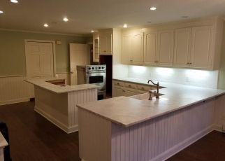 Foreclosed Home in New Canaan 06840 SHERWOOD LN - Property ID: 4328183132