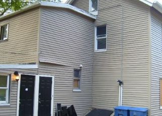 Foreclosed Home in Waterbury 06704 LONG HILL RD - Property ID: 4328196727
