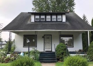 Foreclosed Home in Mount Clemens 48043 GIBBS ST - Property ID: 4328286951