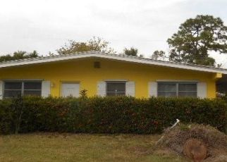 Foreclosed Home in Fort Myers 33901 COLLIER AVE - Property ID: 4328374536