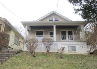 Foreclosed Home in Latonia 41015 W 28TH ST - Property ID: 4328389874