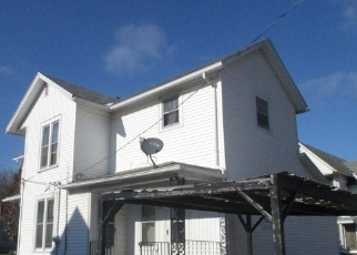 Foreclosed Home in Galesburg 61401 S PEARL ST - Property ID: 4328417902