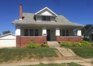 Foreclosed Home in Rushville 62681 E MADISON ST - Property ID: 4328443743