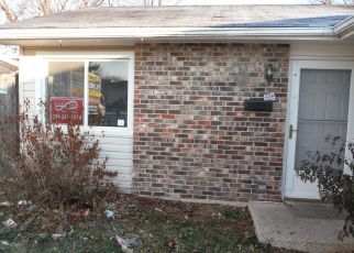 Foreclosed Home in Glendale Heights 60139 W SCHUBERT AVE - Property ID: 4328454691