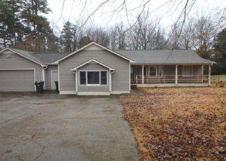 Foreclosed Home in Harvest 35749 PINE GROVE RD - Property ID: 4328567688