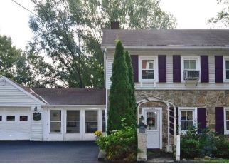 Foreclosed Home in Reading 19606 FRIEDENSBURG RD - Property ID: 4328607989