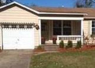 Foreclosed Home in Claremore 74017 E 12TH PL - Property ID: 4328633822