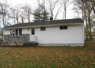 Foreclosed Home in Enfield 06082 ROOSEVELT BLVD - Property ID: 4328673674