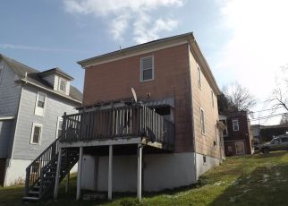Foreclosed Home in Clarksburg 26301 HARRISON ST - Property ID: 4328674549