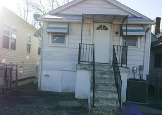 Foreclosed Home in Louisville 40215 BEECHER ST - Property ID: 4328808120