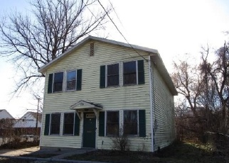 Foreclosed Home in Albany 12210 3RD ST - Property ID: 4328910618