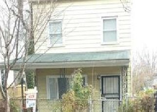 Foreclosed Home in Washington 20032 MARTIN LUTHER KING JR AVE SE - Property ID: 4328930320