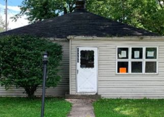 Foreclosed Home in Cedar Lake 46303 BUTTERNUT ST - Property ID: 4328942590