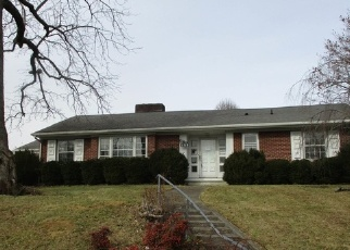 Foreclosed Home in Pulaski 24301 OAKLAND DR - Property ID: 4328947402