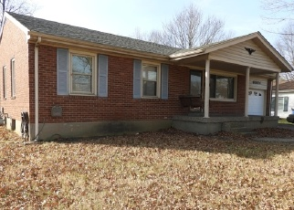 Foreclosed Home in Louisville 40272 MIDDLEROSE CIR - Property ID: 4328970622