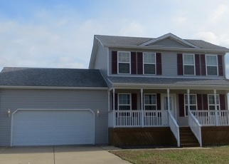 Foreclosed Home in Vine Grove 40175 KIERSTEN CT - Property ID: 4329014862