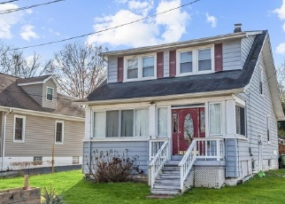 Foreclosed Home in Elkridge 21075 LEVERING AVE - Property ID: 4329025810
