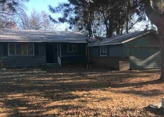 Foreclosed Home in Weiser 83672 W 3RD ST - Property ID: 4329095891