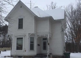 Foreclosed Home in Reedsburg 53959 S PARK ST - Property ID: 4329097634