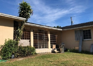 Foreclosed Home in Miami 33187 SW 208TH ST - Property ID: 4329126535
