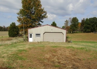 Foreclosed Home in Evansville 47712 BOBERG RD - Property ID: 4329145365