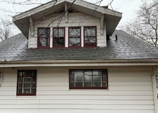 Foreclosed Home in Akron 44320 FERNWOOD DR - Property ID: 4329170778