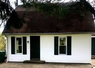 Foreclosed Home in West Sunbury 16061 RUDY LN - Property ID: 4329242606