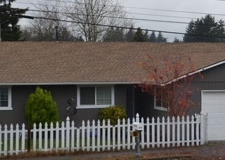 Foreclosed Home in Gresham 97030 NW LINNEMAN AVE - Property ID: 4329307418