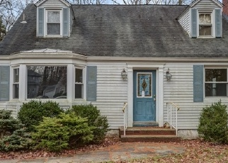 Foreclosed Home in Livingston 07039 WYNNEWOOD RD - Property ID: 4329312231