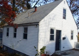Foreclosed Home in Riverdale 20737 63RD PL - Property ID: 4329824218