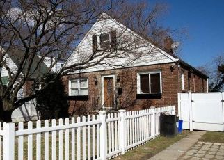 Foreclosed Home in Springfield Gardens 11413 130TH AVE - Property ID: 4329826413