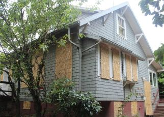 Foreclosed Home in Portland 97220 NE WEBSTER ST - Property ID: 4329845245