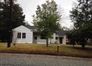Foreclosed Home in Jasper 75951 HEMPHILL ST - Property ID: 4329857512