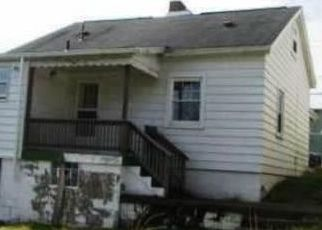 Foreclosed Home in Verona 15147 COLLEGE ST - Property ID: 4329922785