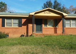 Foreclosed Home in Fayetteville 28314 WAYSIDE RD - Property ID: 4329931529