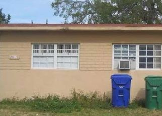Foreclosed Home in Miami 33133 SW 32ND CT - Property ID: 4329953426