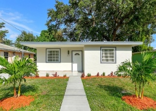 Foreclosed Home in Miami 33142 NW 52ND ST - Property ID: 4330014305