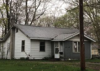 Foreclosed Home in Three Rivers 49093 WEST ST - Property ID: 4330052412