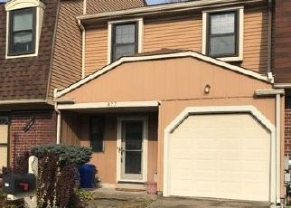 Foreclosed Home in Warminster 18974 CLOVER PL - Property ID: 4330074759