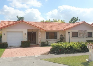 Foreclosed Home in Miami 33184 SW 133RD CT - Property ID: 4330173287