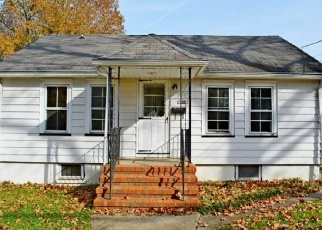 Foreclosed Home in Hainesport 08036 N CUMBERLAND AVE - Property ID: 4330180746