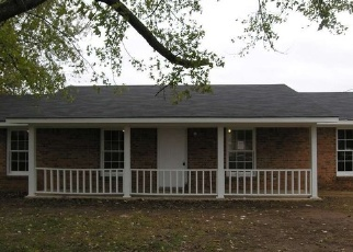 Foreclosed Home in Tanner 35671 GRIFFITH RD - Property ID: 4330248183