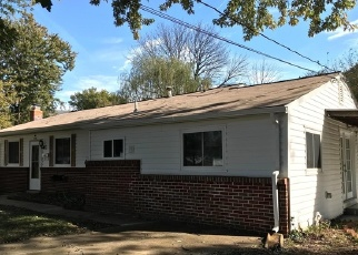 Foreclosed Home in Suitland 20746 AUTH RD - Property ID: 4330334467