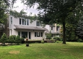 Foreclosed Home in Lake Hopatcong 07849 LORETTACONG DR - Property ID: 4330340599