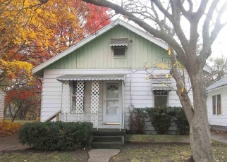 Foreclosed Home in Peoria 61605 W HOWETT ST - Property ID: 4330364243